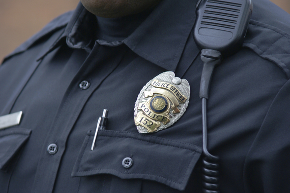 2015-05-18-1431986307-4734250-policeman.jpg