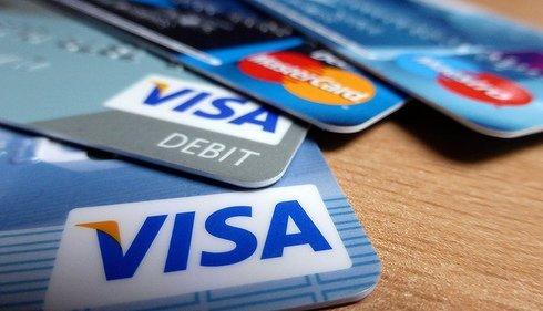 2015-05-19-1432044932-2578681-creditcardsssssss.jpg