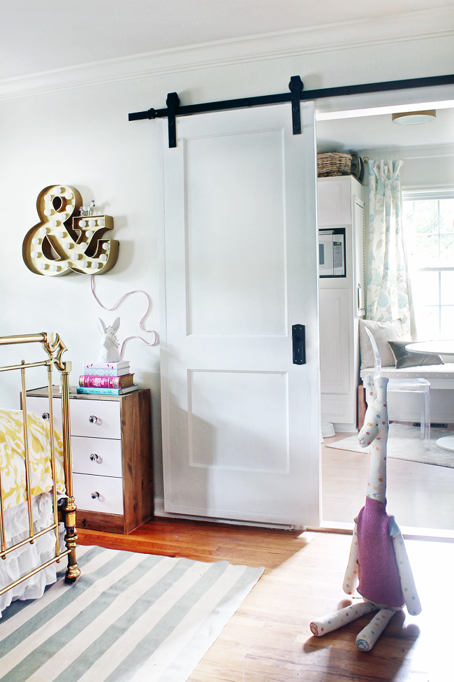 Trending barn doors on a budget huffpost for Inside barn doors