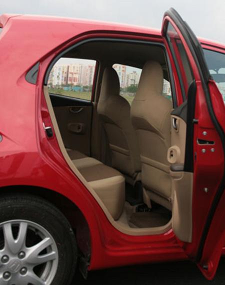 2015-05-21-1432208357-7559511-CarMats.png