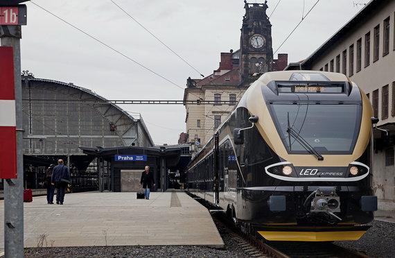 2015-05-21-1432209407-3364591-Vlak_Praha_hl_n2.jpg