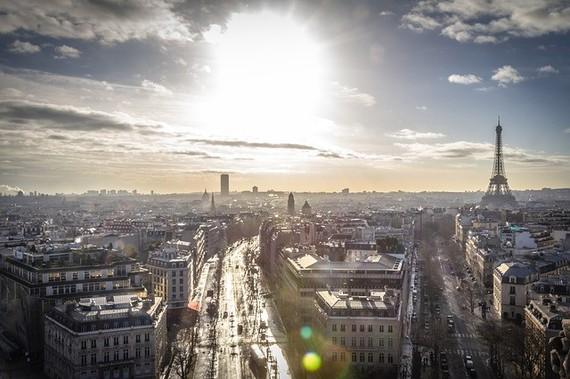 2015-05-21-1432235741-4015975-ParisFrance.jpg