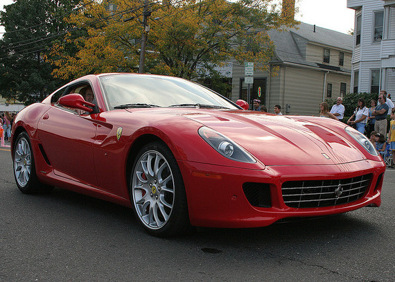 3 Reasons You Don T Want A Red Ferrari Huffpost