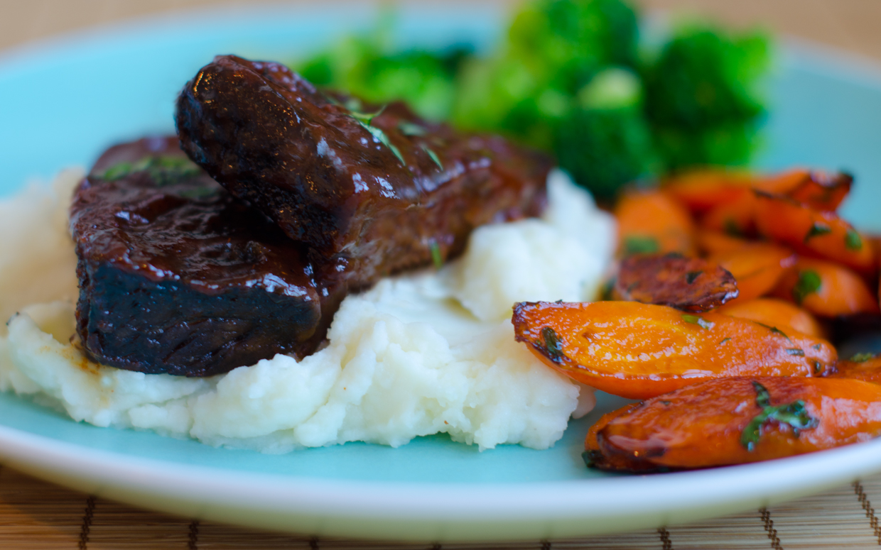 5 family friendly dinners you need to try huffpost for Bbq boneless short ribs