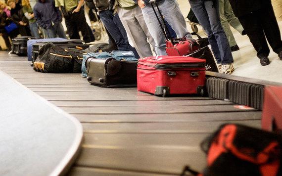 2015-06-02-1433277392-1468017-luggage0515mishandled.jpg