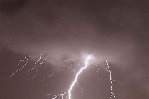 2015-06-03-1433317193-7283181-lightning.jpg