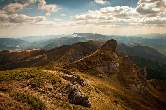 2015-06-03-1433335632-8064582-mountainpeakmetaphor.jpeg