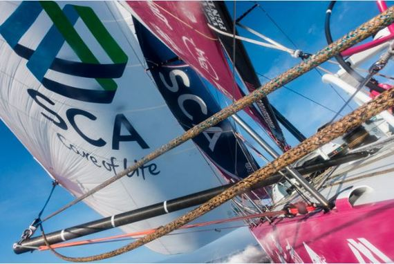 2015-06-03-1433342353-1714912-CloseUp_Sails.JPG