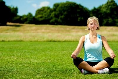 2015-06-04-1433432871-3131630-yoga.jpg