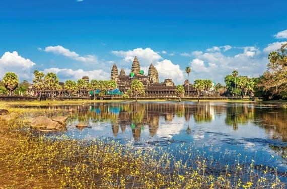 2015-06-08-1433796929-6414768-AngkorWatStockPhoto.jpg