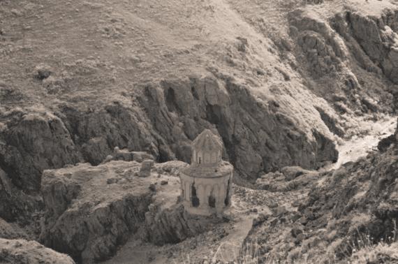 2015-06-09-1433868499-4964096-St.Sargis.png