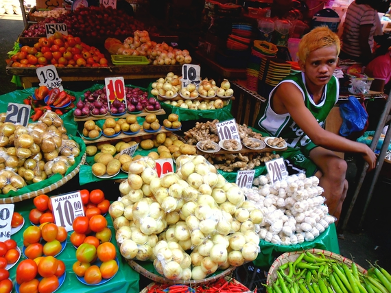 2015-06-10-1433928349-326291-Foapasian_street_vendor_selling_fruits_and_vegetables_in_quiapo__manila__philippines_in_asia.jpg