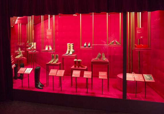 2015-06-10-1433962733-693645-ShoesSeduction.jpg