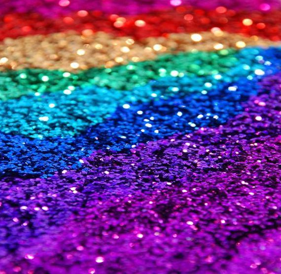 2015-06-12-1434097579-1540394-glitter.jpg