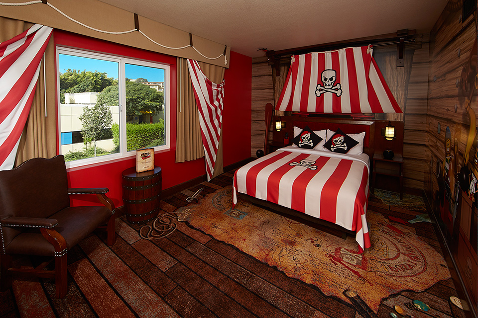 Rooms: 5 Incredible Cartoon Hotel Rooms For Kids And Kids At