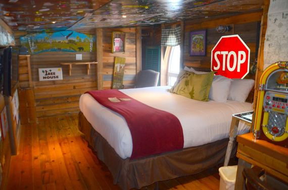 5 Incredible Cartoon Hotel Rooms For Kids And Kids At