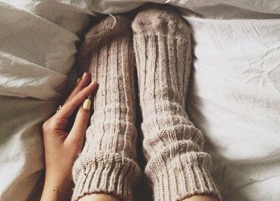 2015-06-12-1434126487-2406518-socks_in_heels.jpg