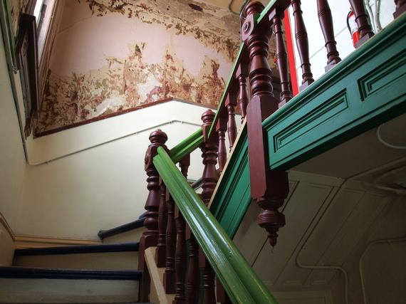 2015-06-12-1434145385-8028958-stairs.JPG