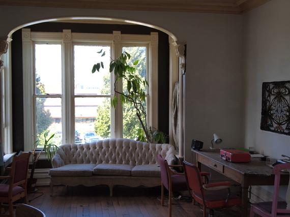 2015-06-12-1434145888-196467-livingroom.JPG