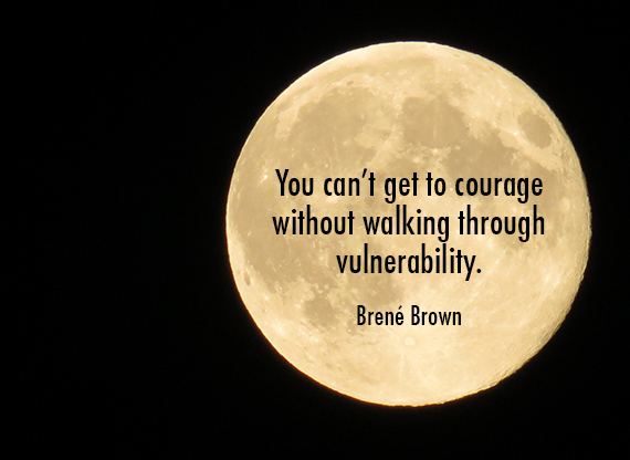 2015-06-13-1434155667-4326463-couragemoon.jpg