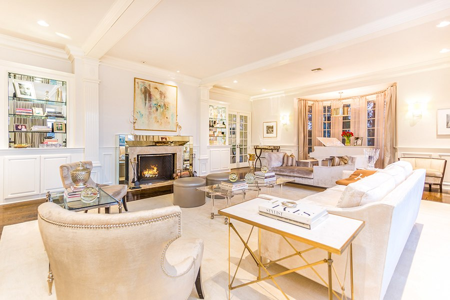 Tour Jennifer Lopez S Glamorous California Estate Huffpost