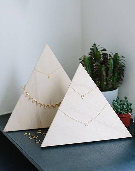 2015-06-16-1434472540-1401121-Jewerly_Pyramid.jpg