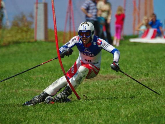 2015-06-17-1434561087-6492971-3Timotej_Oravec_Grass_Skiing_World_Championships_2009_Slalom.jpg
