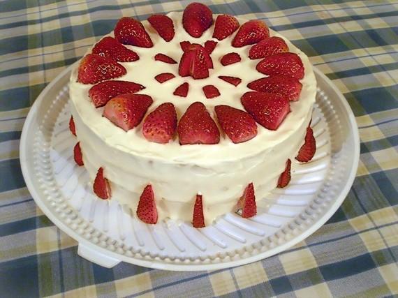 2015-06-18-1434599309-1913139-cake.jpg