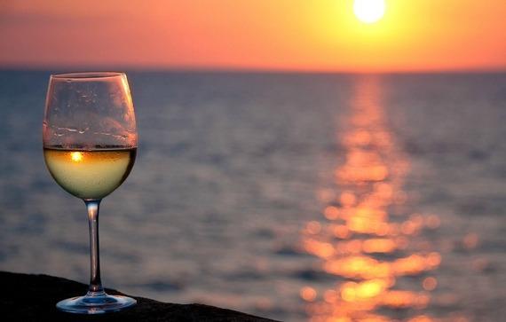 2015-06-18-1434599352-2861858-wine.jpg