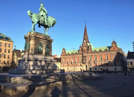 2015-06-19-1434686226-1924761-sweden.jpg