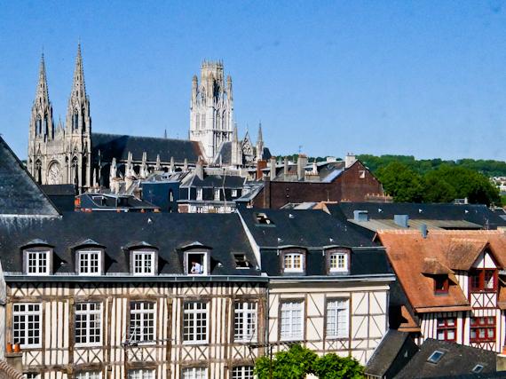2015-06-19-1434711917-7320626-RouenRooftops.jpg