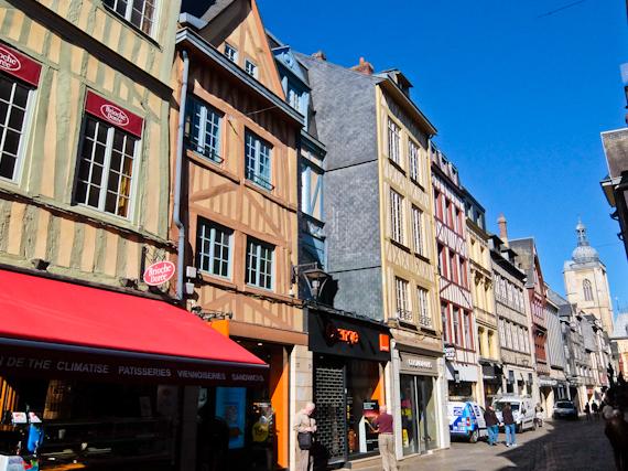 2015-06-19-1434711960-7051034-RouenStreet.jpg