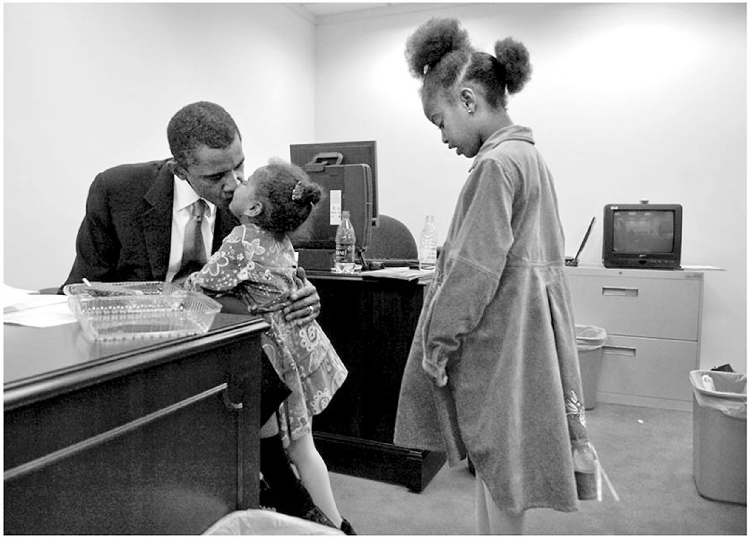 how the presidency made me a better father the huffington post 2015 06 21 1434913876 1746319 potusessayimage3 jpg