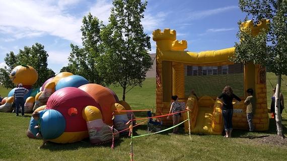 2015-06-22-1434953160-3572159-bouncycastle.jpg