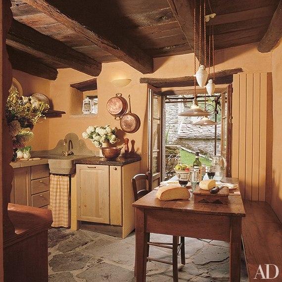 11 Charming Farmhouse Kitchens