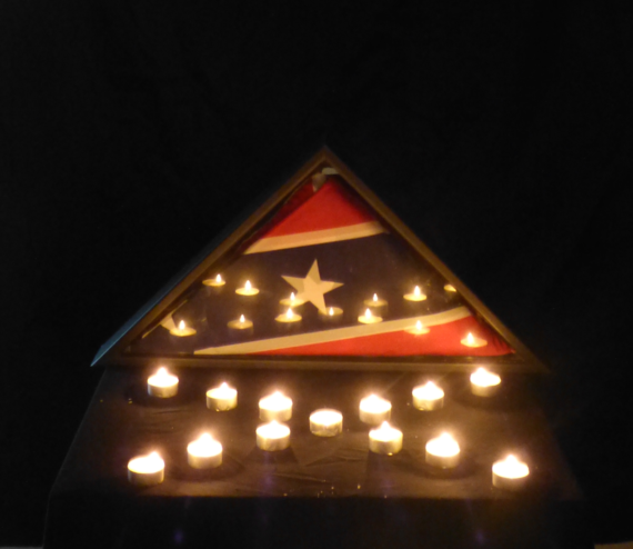 2015-06-25-1435261623-2408283-flagburial.png