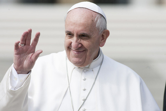 2015-06-26-1435328900-7475361-pope_waving.jpg