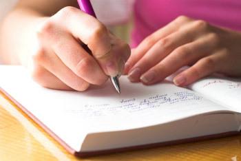2015-06-28-1435526503-5639346-journalwritingme.jpg