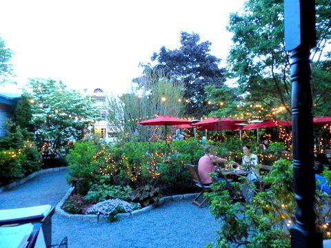 2015-06-29-1435547357-4830565-McKaysRestaurantBarHarbor.jpg