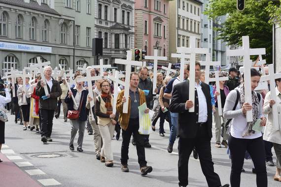 2015-06-30-1435624625-4337964-Christianprotesters.iStock.jpg