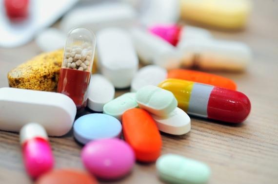 2015-06-30-1435625530-4271594-medicinepillsdrugs.jpg