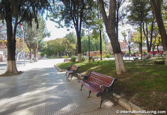 2015-06-30-1435704620-9653868-Tarija2Bolivia.jpg