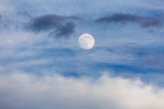 2015-07-01-1435772623-2522355-Moon.jpg