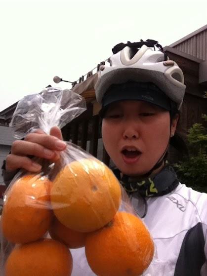 2015-07-02-1435800783-9901279-Gift_Oranges.jpg