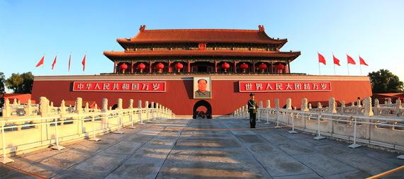 2015-07-02-1435869906-2812476-Tiananmen_beijing_Panorama.jpg
