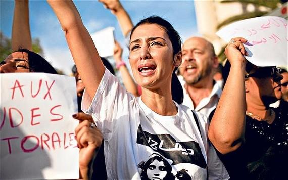 2015-07-03-1435894632-9852571-tunisia1_2149486b.jpg