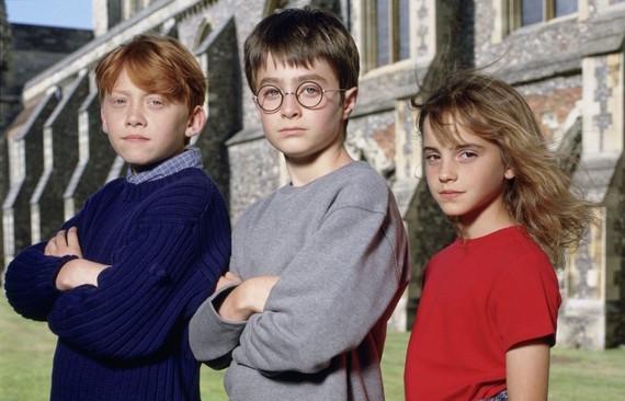2015-07-06-1436159632-7388840-Harry_Potter_Courtesty_of_Warner_Brothers.jpg