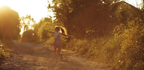 2015-07-06-1436201021-6850157-Girl_Running_Sunlight.jpg