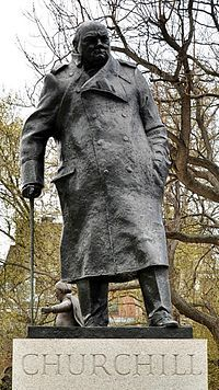 2015-07-06-1436211136-2589883-Winston_Churchill_statue_Parliament_Square_London_cropped.JPG