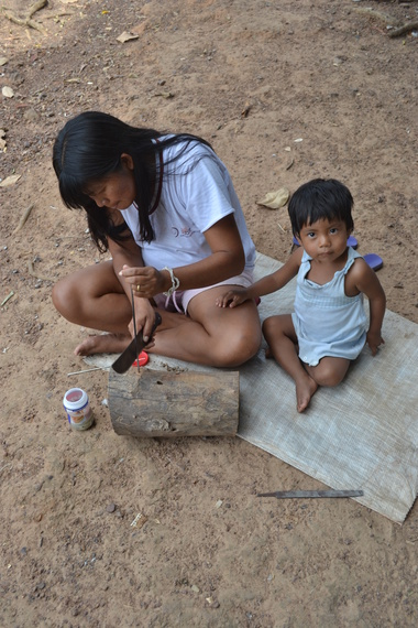 Surui woman and child
